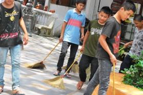 thai may-june 2011 168