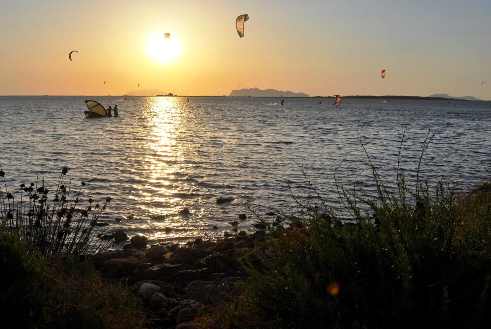 Tipi da windsurf, kitesurf o canoa? Laguna dello Stagnone