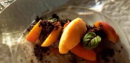 Crumble apricot chocolat à La Table de Margot