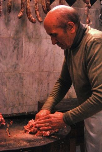 La salsiccia al ceppo da Emanuele a Linguaglossa