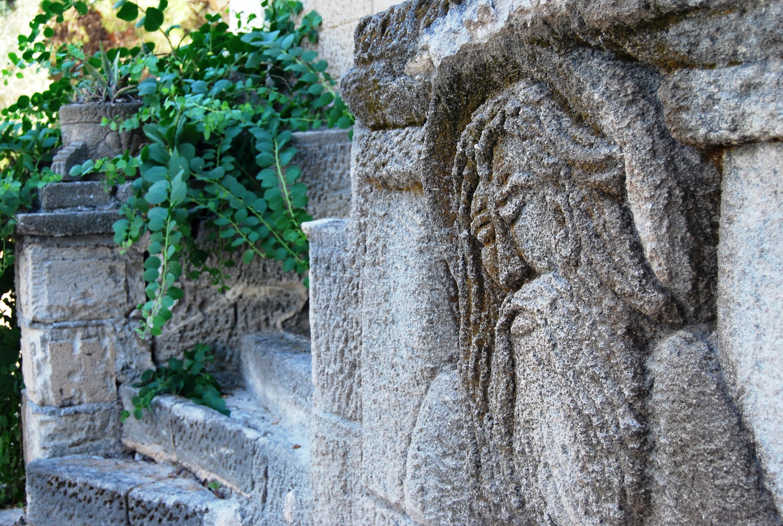 Benito Alessandra. La pietra che diventa poesia e viaggio