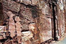 Il bassorilievo che racconta San Marco d'Alunzio