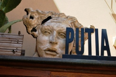 Putia Art Gallery