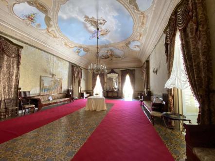 Il Salone delle Feste a Palazzo Arezzo Trifiletti